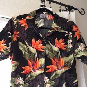 """🌴vintage floral """"Hawaiian"""" shirt🌴"""